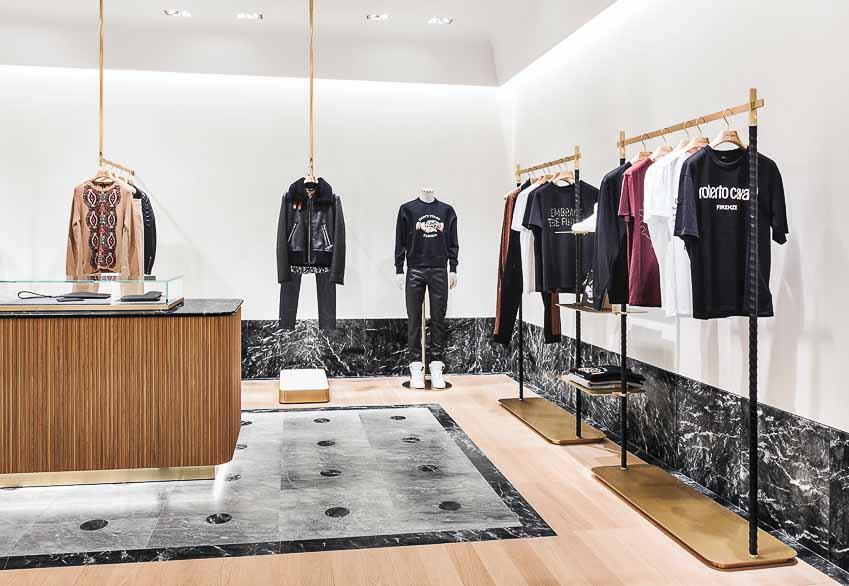 Khai trương cửa hàng Roberto Cavalli tại Đức