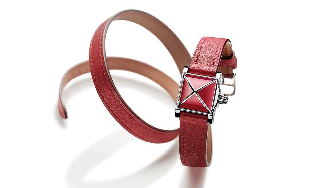 Chiếc đồng hồ Médor Rock của Hermès - Điều bí ẩn khảm những vì sao