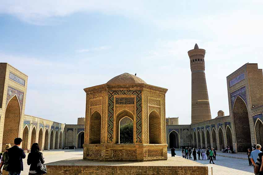 thanh-pho-co-Uzbekistan-trung-a-DDDT-2018