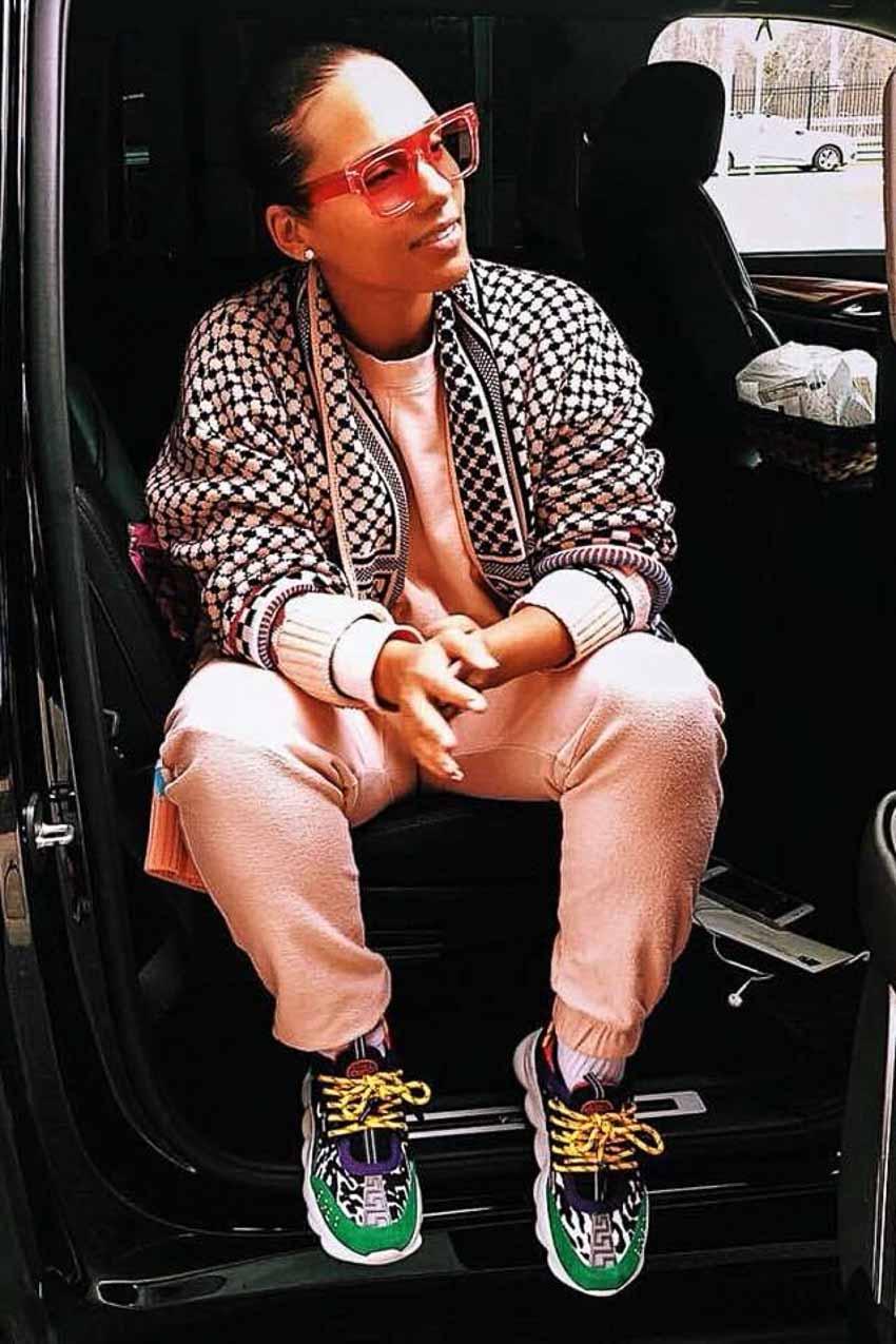 Sneaker Chain Reaction của Versace thu hút tín đồ thời trang-8