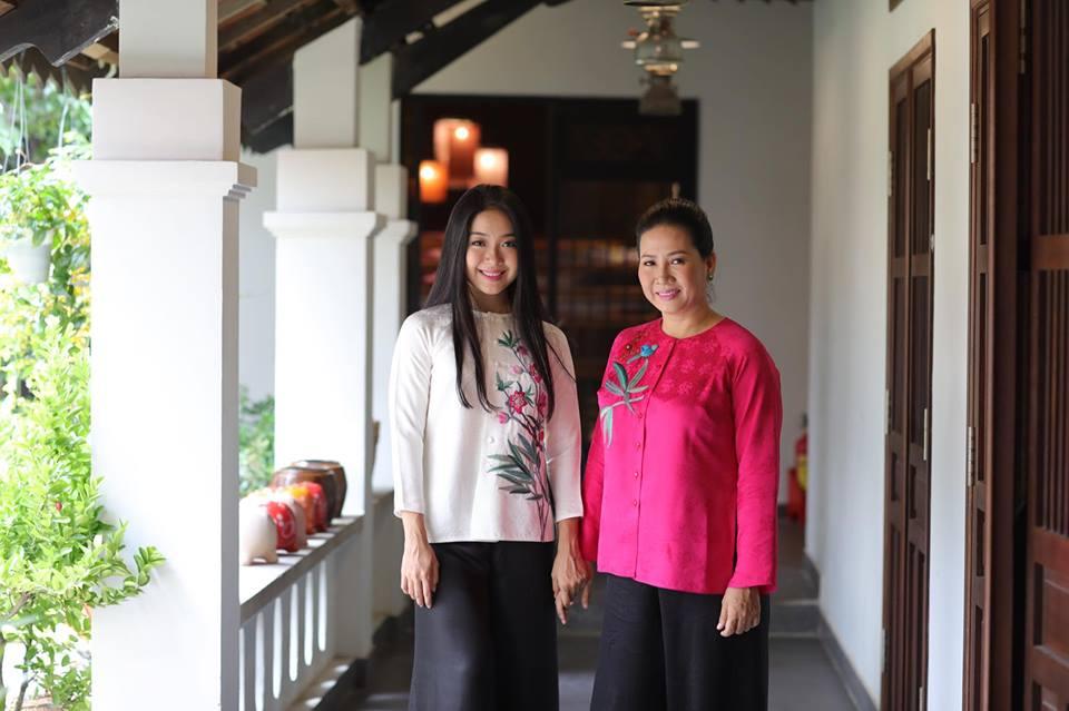 Mẹ con doanh nhân Đoàn Thị Thu Thủy