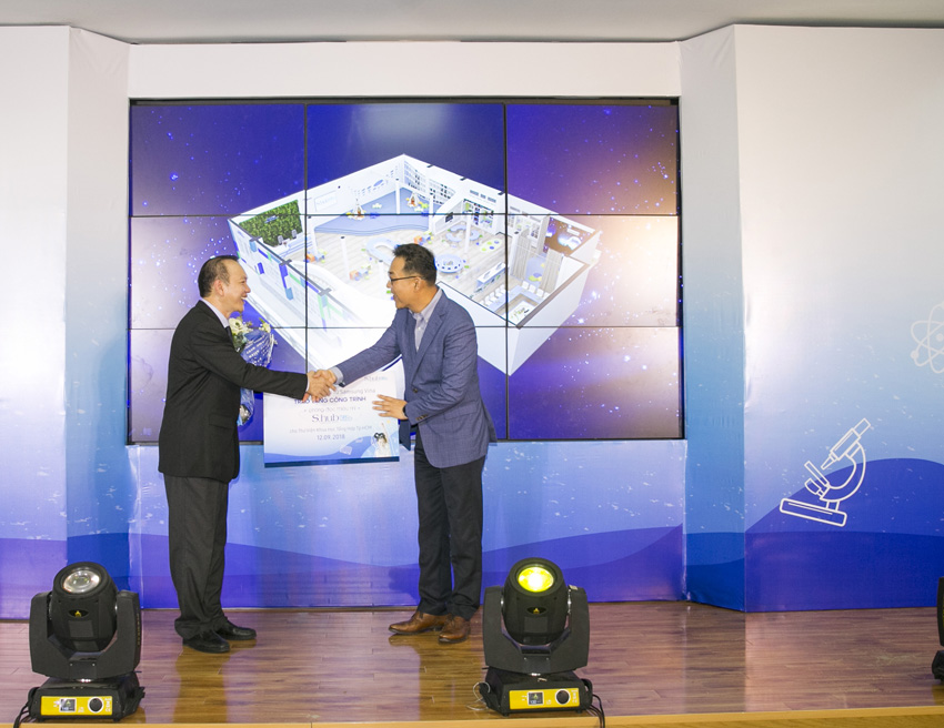"""Tiếp nối hành trình """"Cùng bạn kiến tạo tương lai"""", Samsung Vina ra mắt Phòng đọc Thiếu nhi - S.hub Kids"""