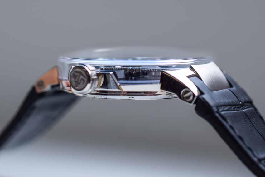 Phá cách với mặt số trên đồng hồ Executive Tourbillon Skeleton Free Wheel