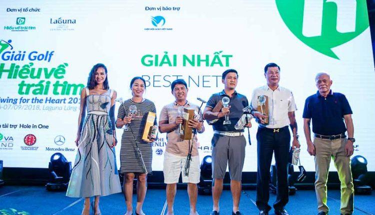 DNP-giai-golf-uy-tin-duoc-to-chuc-tai-san-Laguna-Lang-Co-Tin-110918-9
