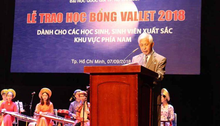 DNP-hoc-bong-Vallet-trao-hon-400-suat-cho-khu-vuc-phia-Nam-Tin-080918-1