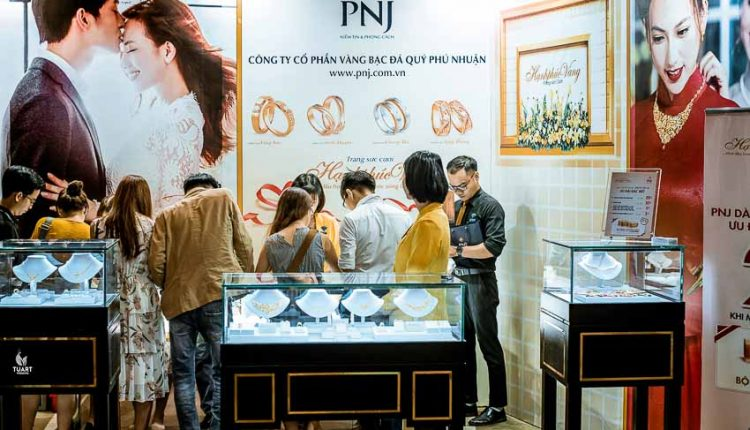 DNP-trien-lam-cuoi-Luxury-Wedding-Exhibition-tai-Novotel-Da-Nang-Tin-150918-14