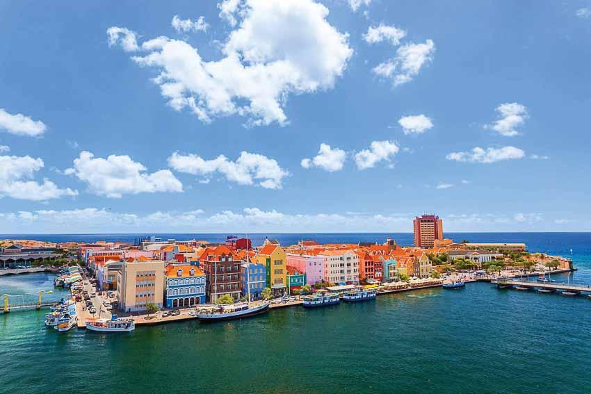 Curaçao-Vien-ngoc-xanh-cung-Caribe-5