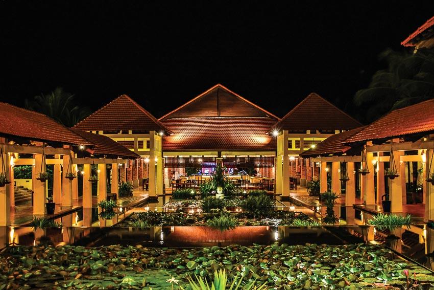 ve-dep-kien-truc-Cham-tai-Pandanus-Resort-8
