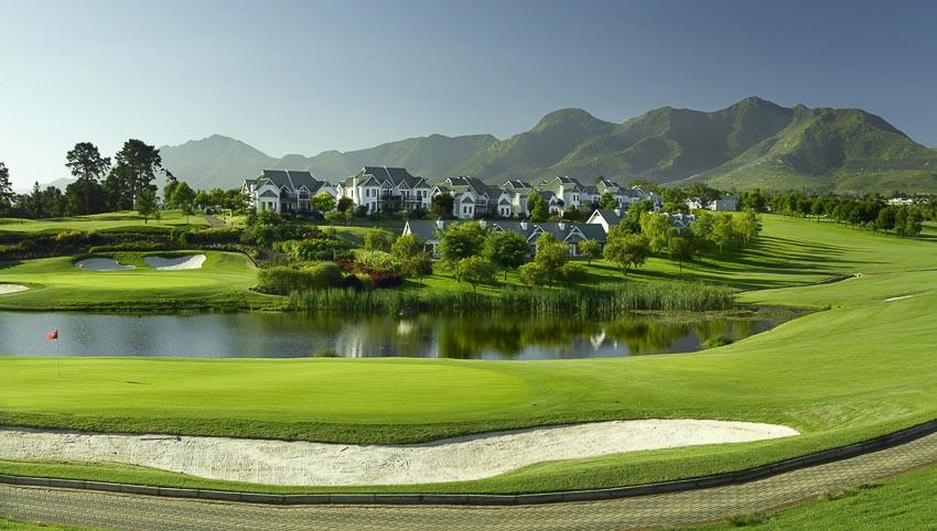 18-san-golf-dang-cap-nhat-the-gioi-11