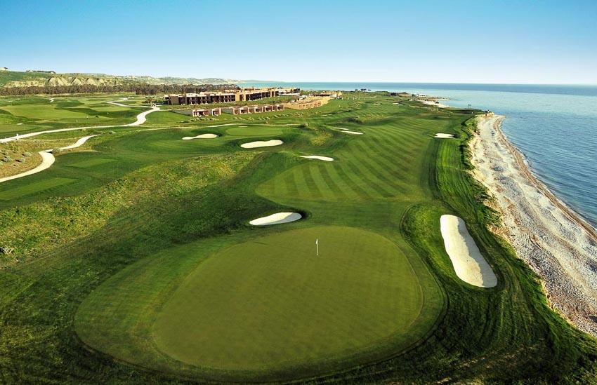 18-san-golf-dang-cap-nhat-the-gioi-13