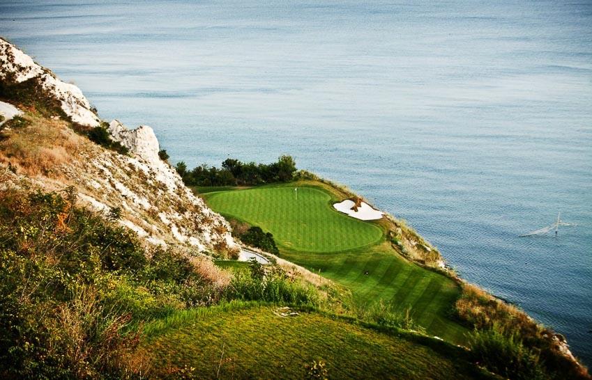 18-san-golf-dang-cap-nhat-the-gioi-9