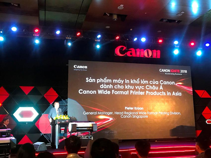 Canon-ra-mat-dong-may-in-kho-lon-imagePROGRAF-TM-Series-6