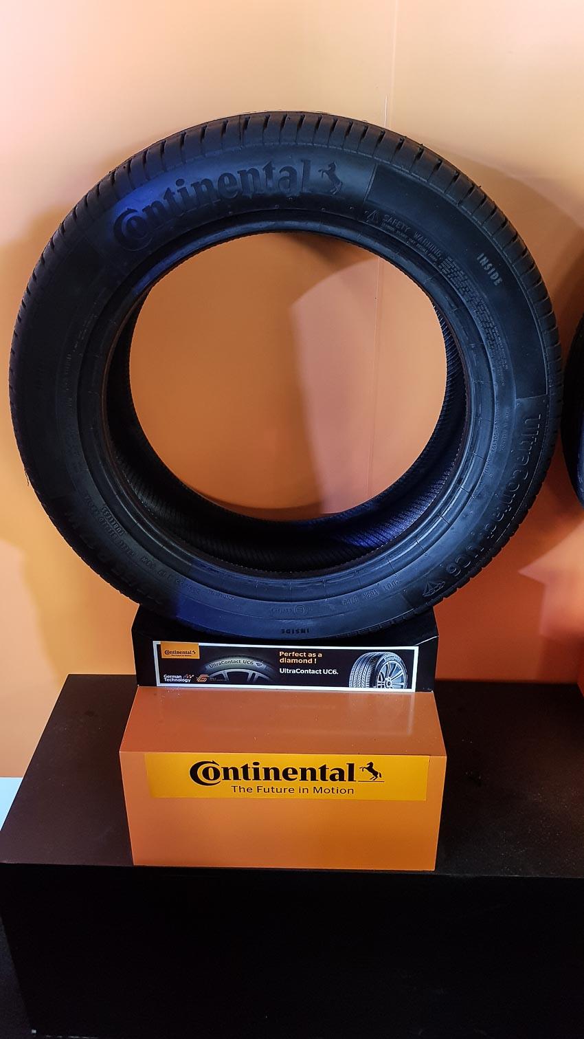 DNP-Continental-Tires-cho-ra-mat-hai-dong-lop-chuyen-dung-the-he-moi-2