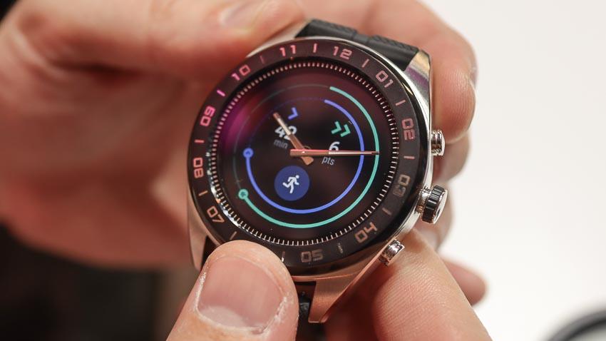 LG-Watch-W7-smartwatch-lai-dau-tien-chay-Wear-OS-1