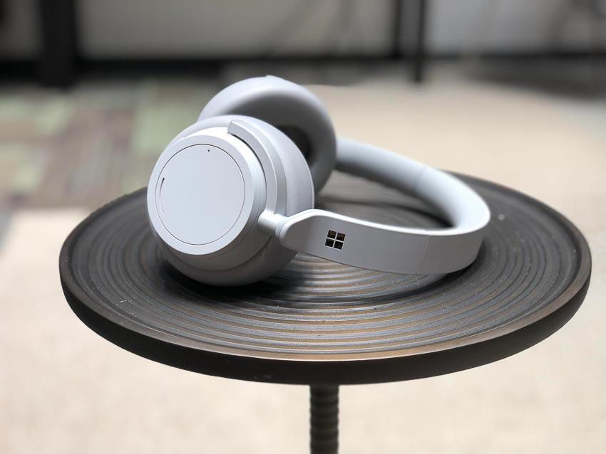 DNP-Microsoft-Surface-Headphones-tai-nghe-khong-day-voi-kha-nang-chong-on-tu-dong-2