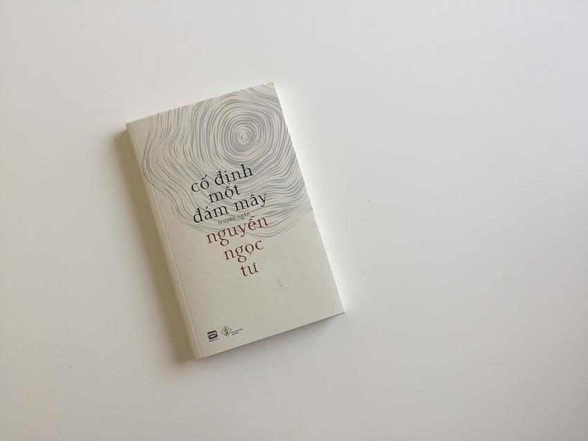 DNP-Phan-book-ra-mat-Co-dinh-mot-dam-may-cua-nha-van-Nguyen-Ngoc-Tu-2