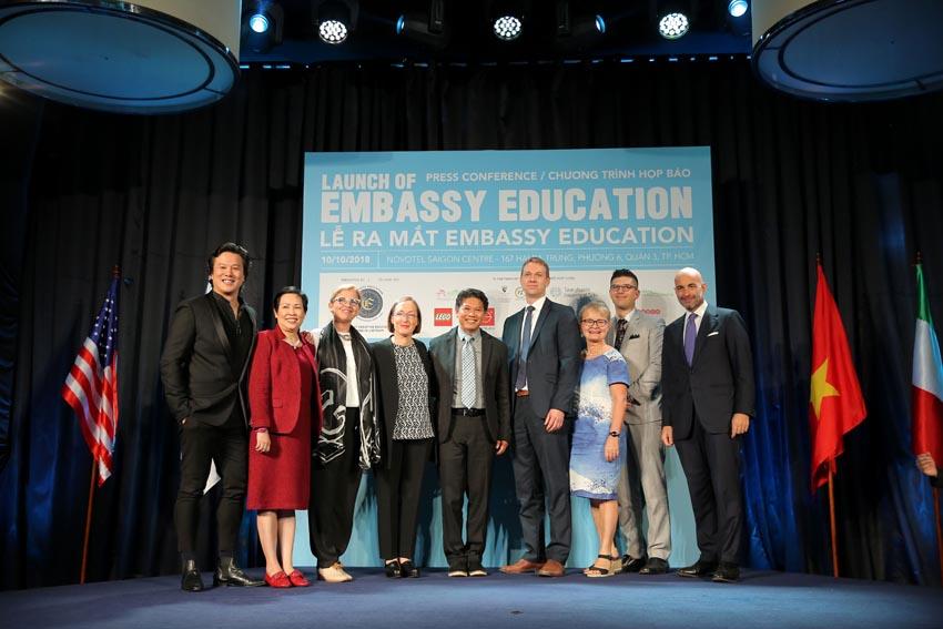 To-chuc-giao-duc-Embassy-Education-chinh-thuc-ra-mat-tai-Viet-Nam-3