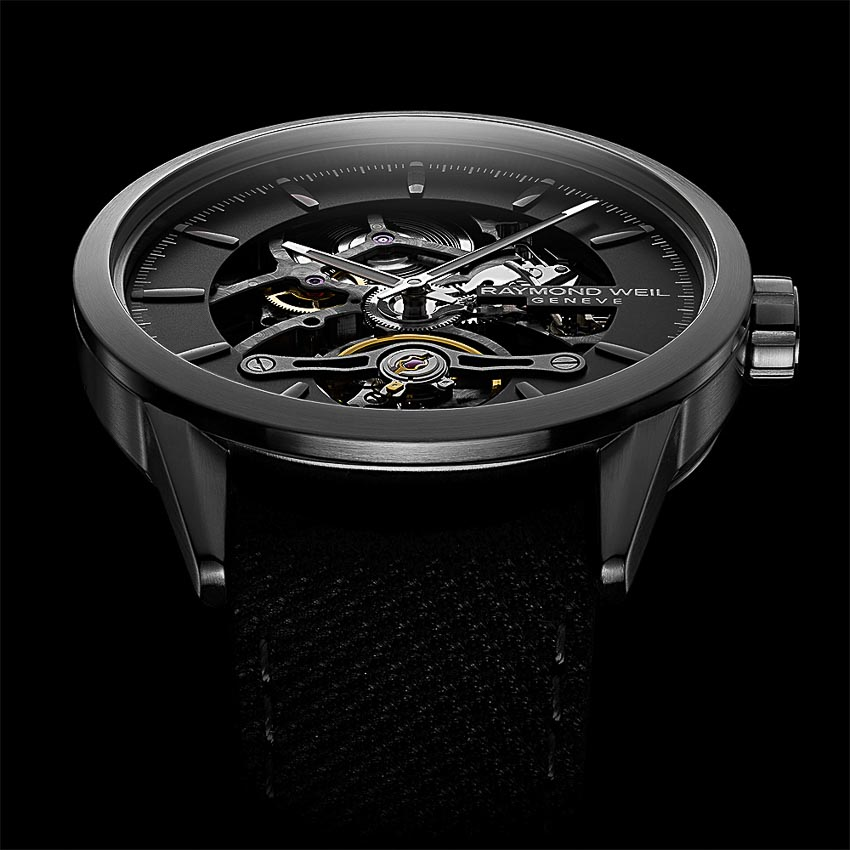 dong-ho-Freelancer-Calibre-RW1212-Skeleton-cua-Raymond-Weil-3