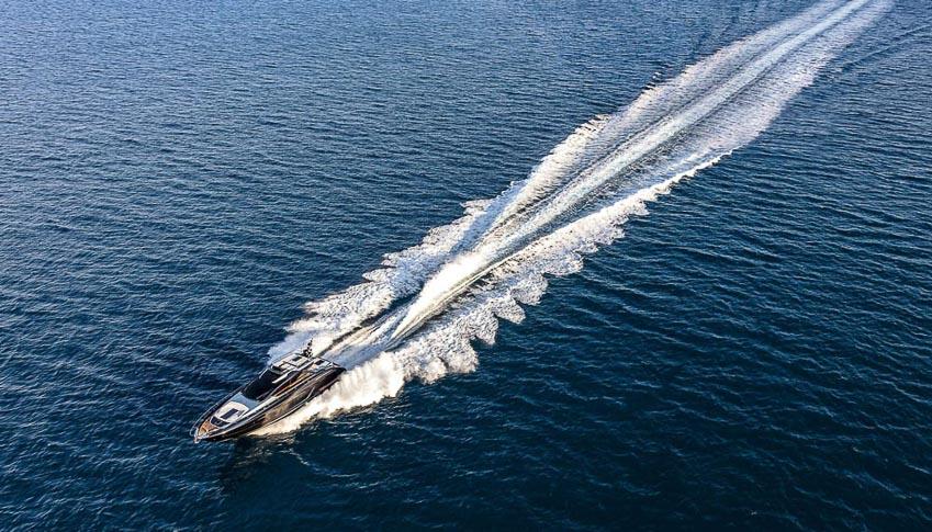 DNP-du-thuyen-cua-Ferretti-Group-chien-thang-an-tuong-tai-Cannes-Yachting-Festival-13
