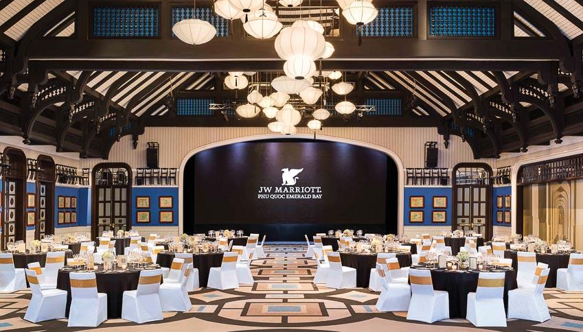 Ty-Collins-tong-quan-ly-Resort-JW-Marriott-Phu-Quoc-Emerald-Bay-4