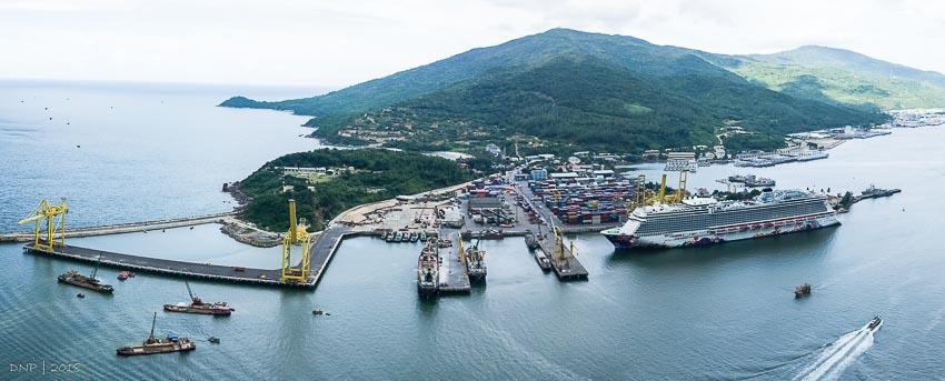 Cảng Tiên Sa - Đà Nẵng là cảng container hiện đại trong khu vực