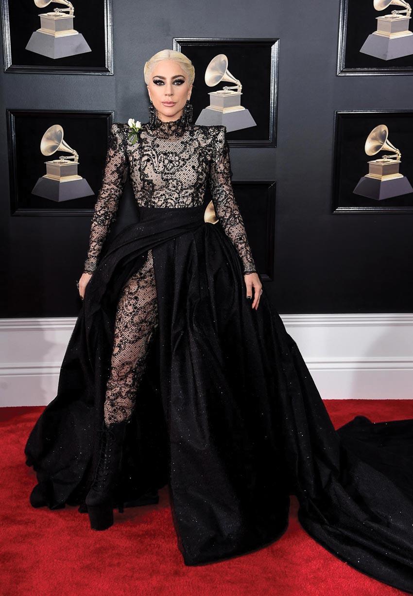 Lady-Gaga-trong-bo-phim-Vi-sao-vut-sang-7