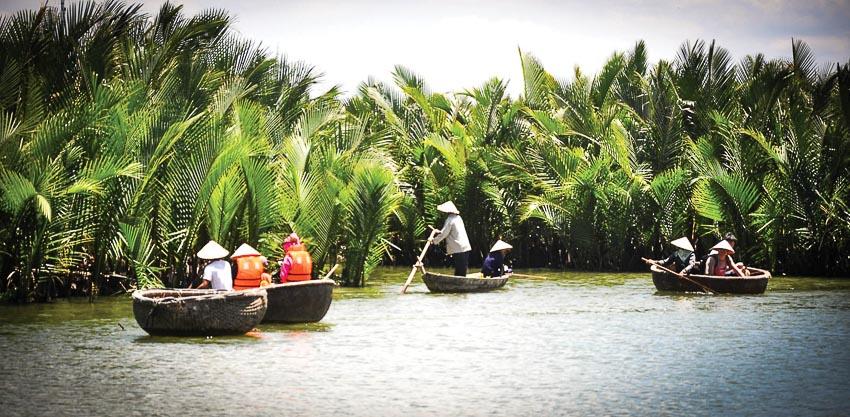 DNP778-du-lich-cong-dong-Quang-Nam-khong-de-phat-trien