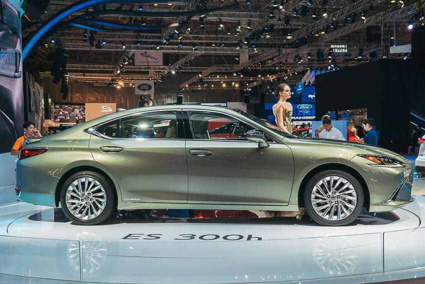 Lexus-ES-2019-the-he-hoan-toan-moi-VMS-2018