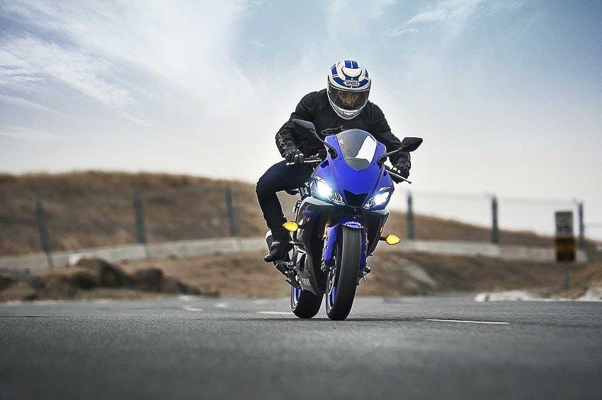 Yamaha-R3-2019-va-Yamaha-R25-2019-10