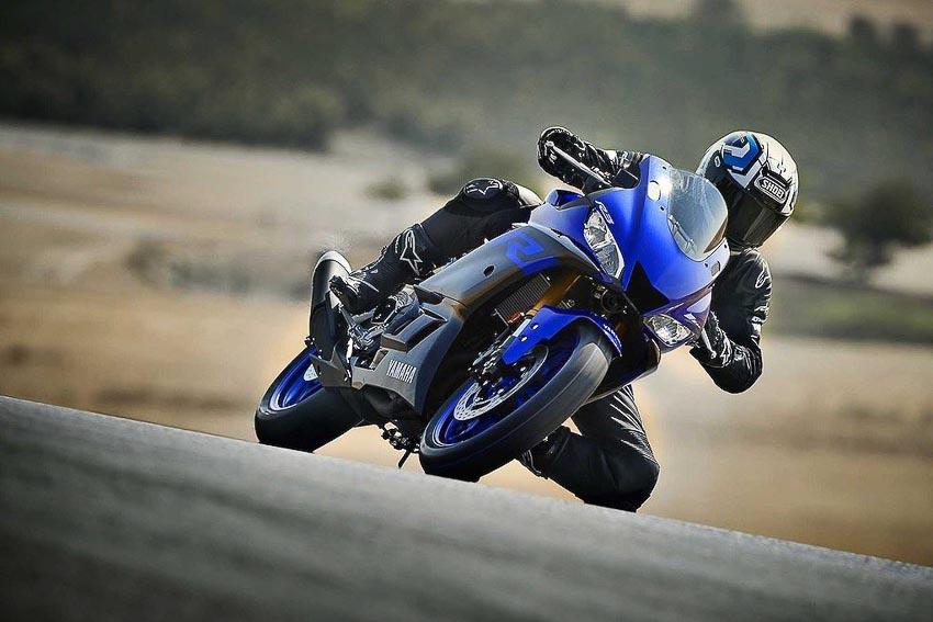 Yamaha-R3-2019-va-Yamaha-R25-2019-11