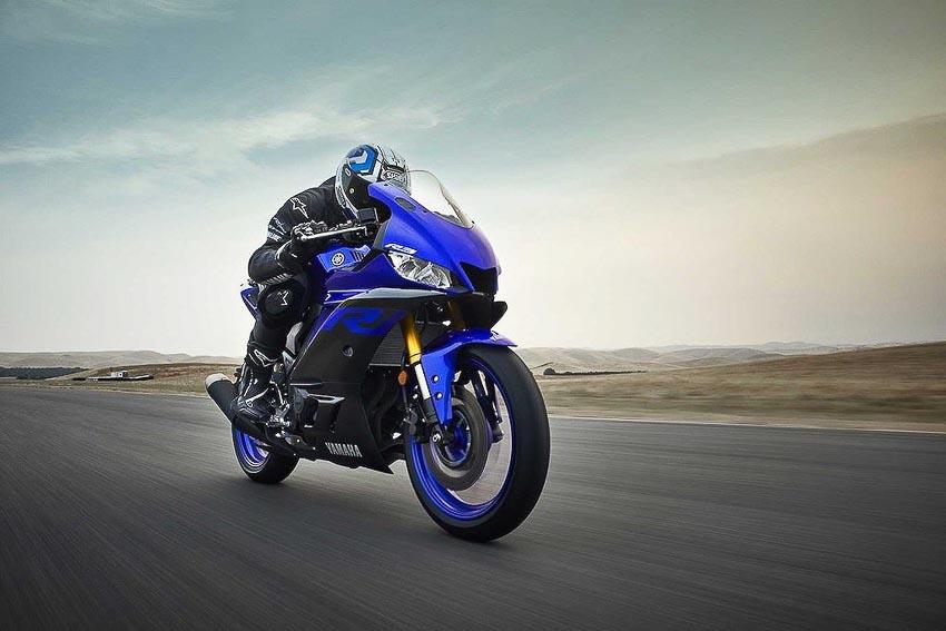 Yamaha-R3-2019-va-Yamaha-R25-2019-13