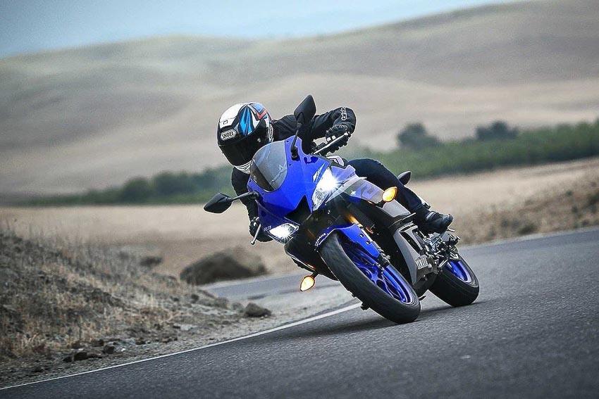 Yamaha-R3-2019-va-Yamaha-R25-2019-14