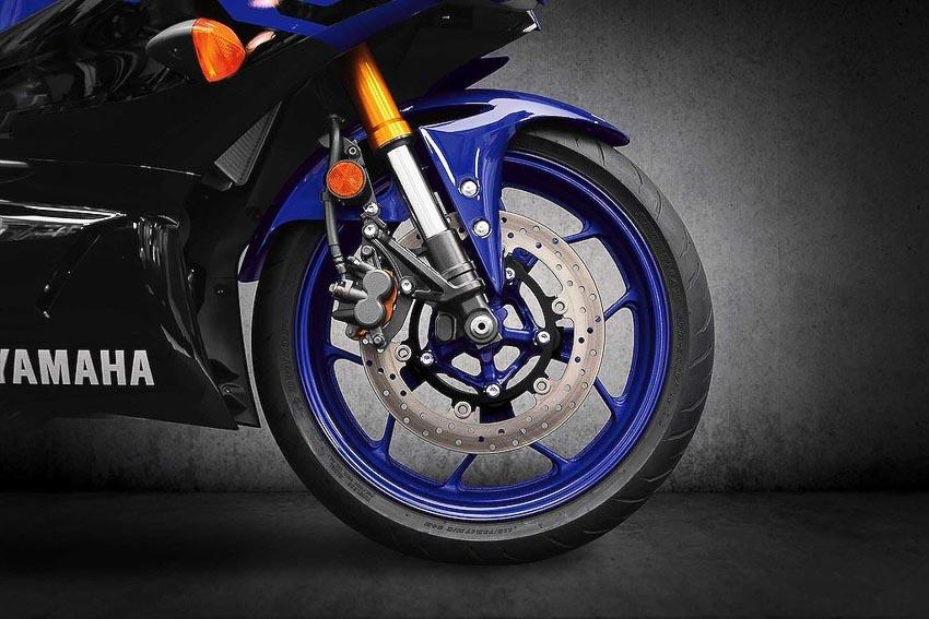 Yamaha-R3-2019-va-Yamaha-R25-2019-2