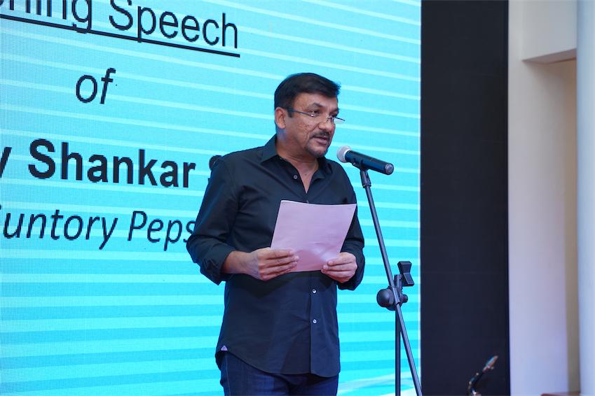 Ông Uday Shankar Sinha - Tổng Giám Đốc Suntory PepsiCo Việt Nam phát biểu tại đêm trao giải.