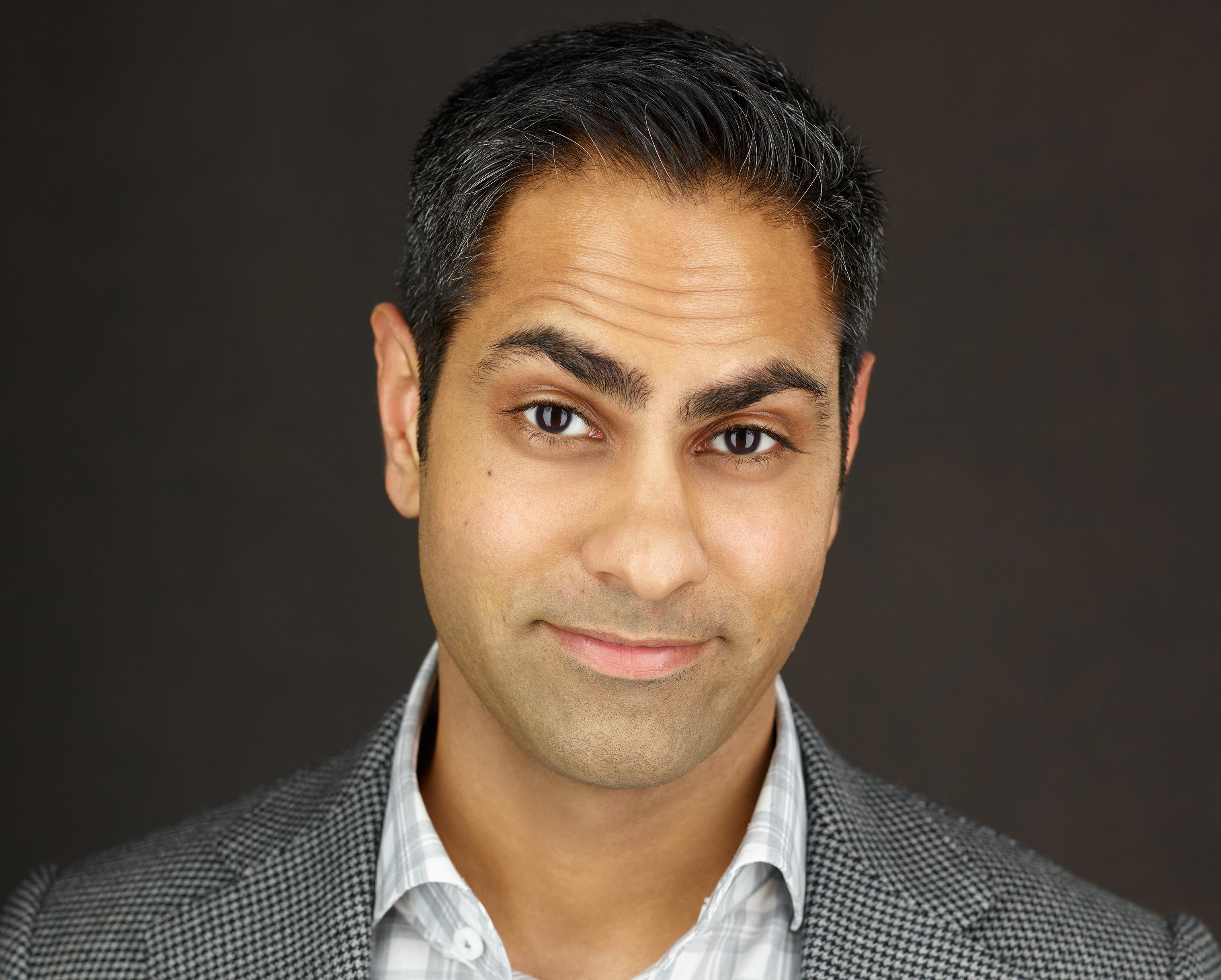 Ramit Sethi cho rằng mua nhà chưa chắc đã phải là khoản đầu tư tốt nhất.   Ảnh: CNBC