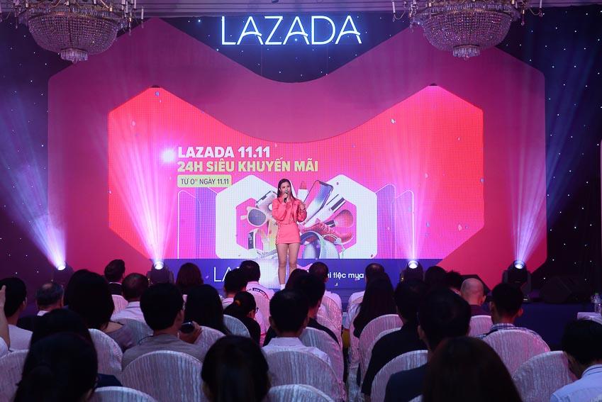 Chương trình giảm giá lớn nhất năm ngày 11-11 của Lazada 1