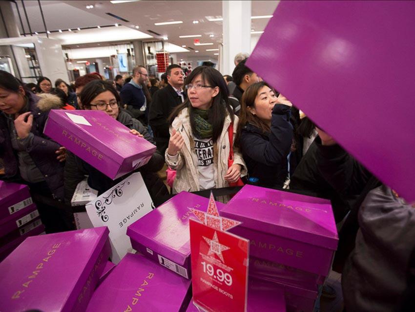 ngày hội mua sắm Black Friday 11