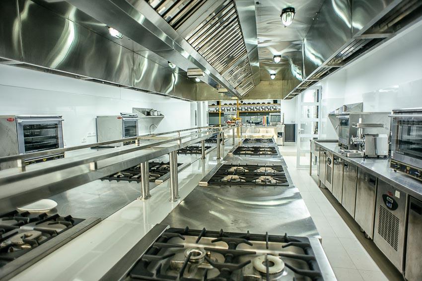 Phòng bếp thực hành tiêu chuẩn quốc tế
