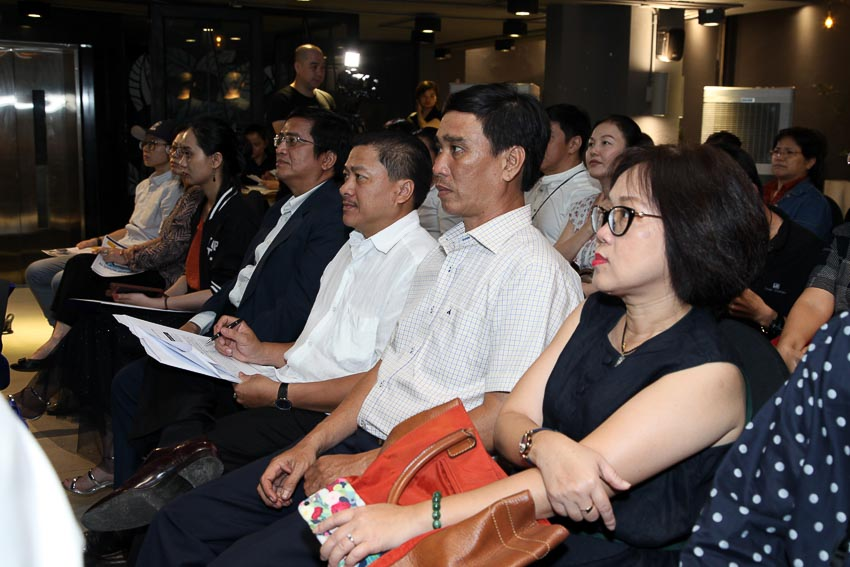Các cơ quan báo chí và khách mời có quan tâm đến chương trình