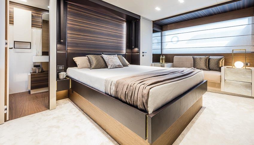 siêu du thuyền Ferretti Yachts 670 8