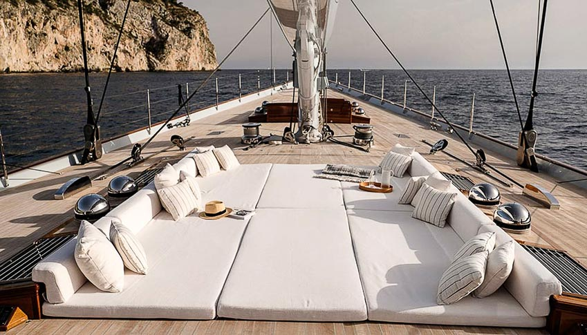 Siêu du thuyền Royal Huisman Aquarius 5