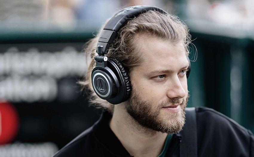 Tai nghe không dây ATH-M50xBT của Audio Technica 1
