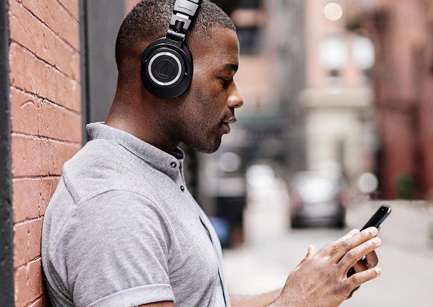 Tai nghe không dây ATH-M50xBT của Audio Technica 3