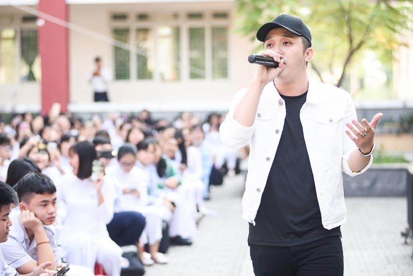 Ca sĩ Yanbi sau khi Nam tiến mang đến cho VTM Tour nhiều màu sắc mới lạ