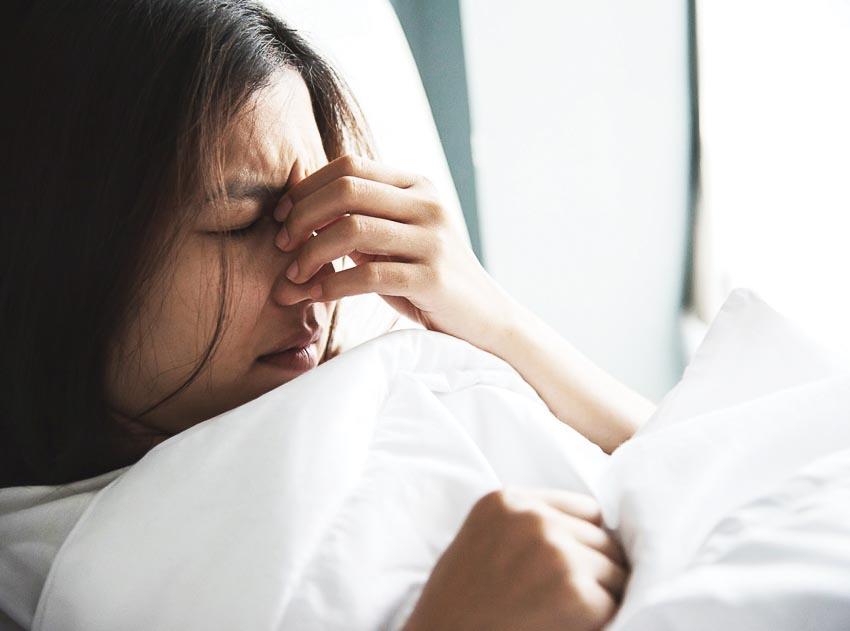 Nghiên cứu cho thấy cứ 13 người có một người đau đầu vào buổi sáng