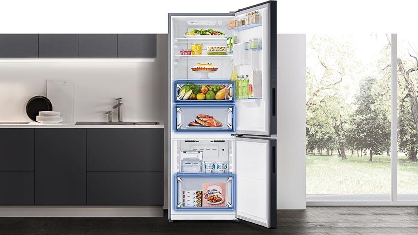 Tủ lạnh ngăn đông dưới mới nhất của Samsung nổi bật với ngăn đông mềm Optimal Fresh Zone giữ thực phẩm trọn vị tươi ngon 4