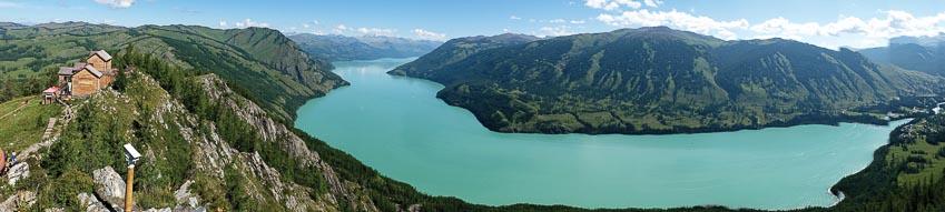 Toàn cảnh hồ Kanas