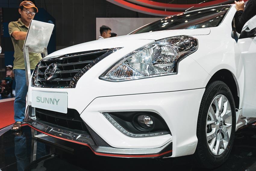 Đèn xe trước Nissan Sunny Q-Series 1