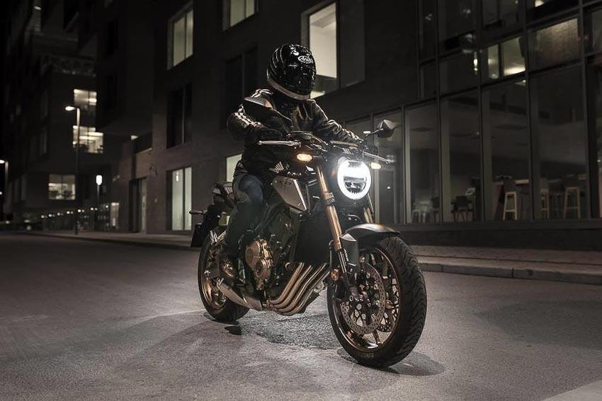Honda CB650R 2019 trên đường phố 1
