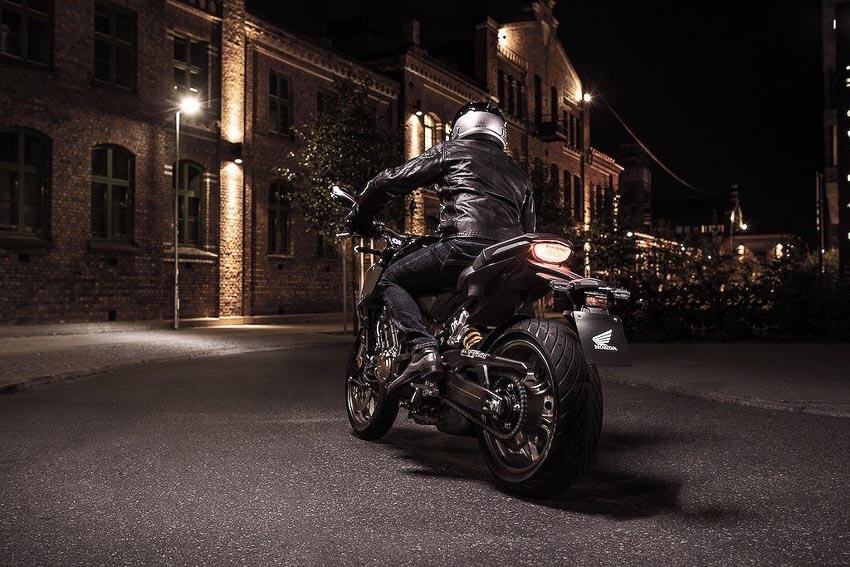 Honda CB650R 2019 trên đường phố 5
